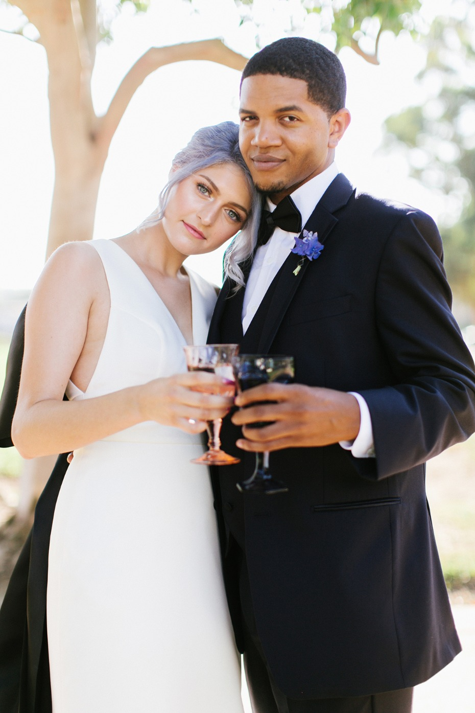 Cheers to these Modern lavender wedding ideas