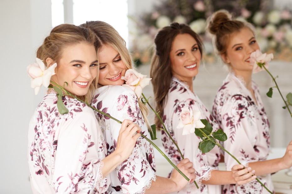 How to Make Your Bridesmaids Feel Awesome Le Rose