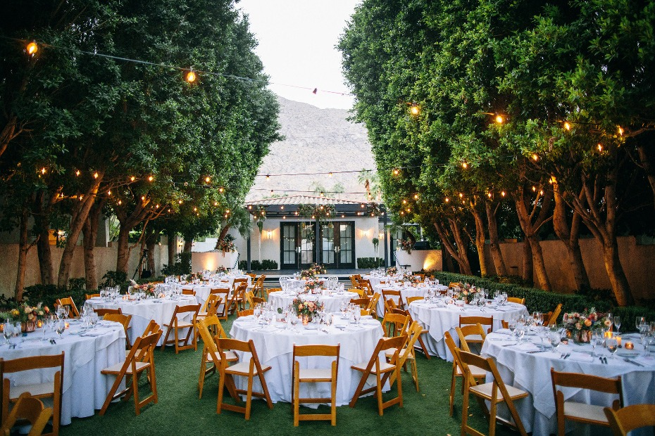 Dreamy outdoor reception space at the Avalon in Palm Springs