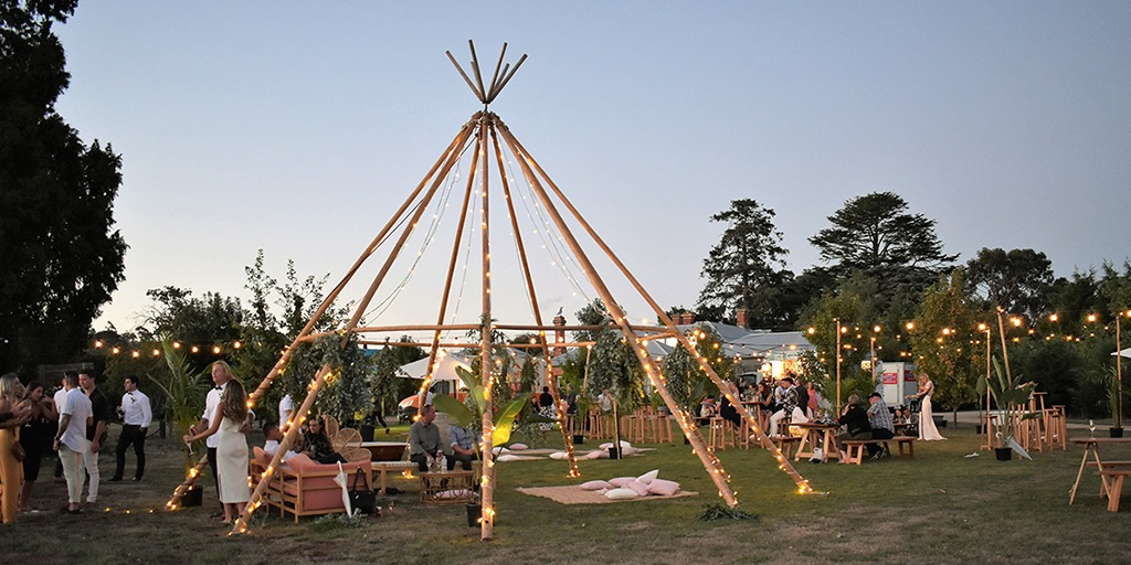 How To Have A Festival Style Wedding Day