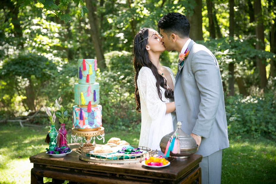 whimsical wedding cake table idea
