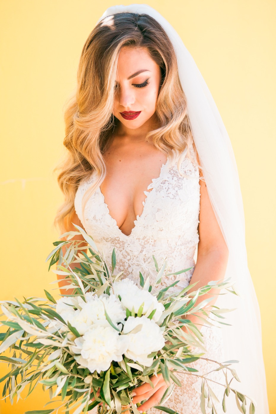 Hollywood glam bridal look