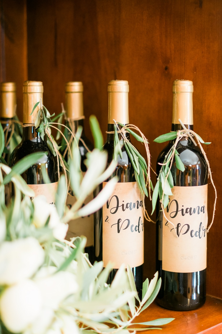 Custom wine favors for guests