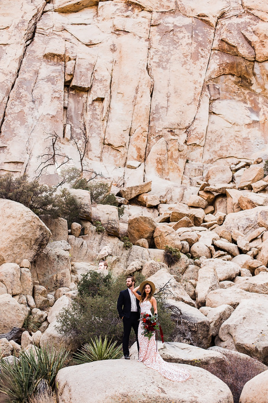 how to have a boho desert wedding