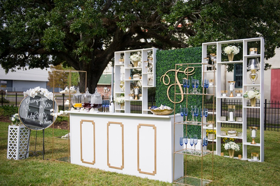 gold and white wedding bar