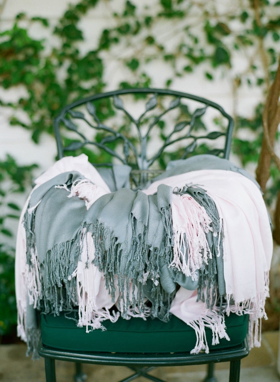 offer guest Pashminas as wedding favors