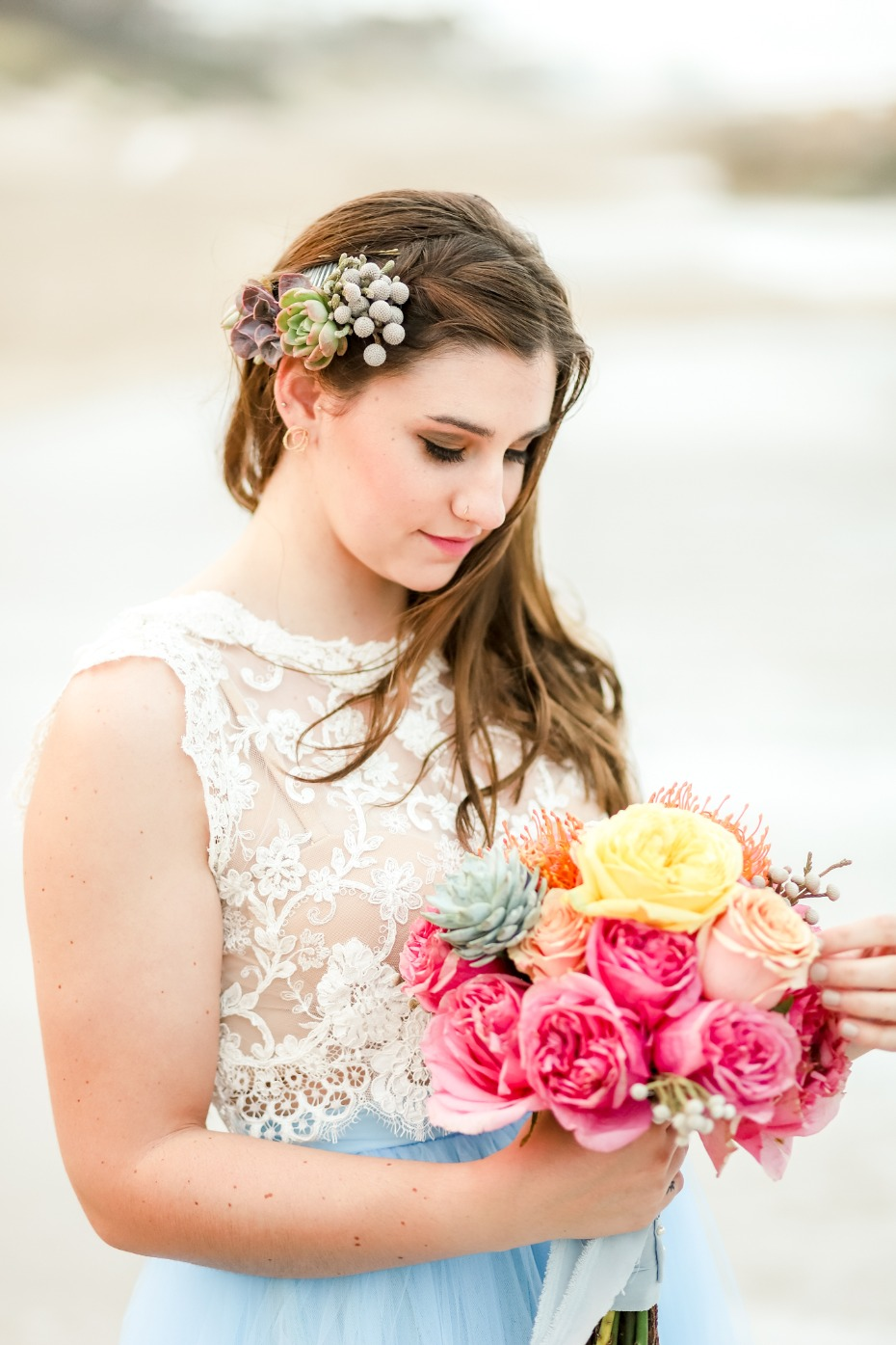 Colorful beach bride look