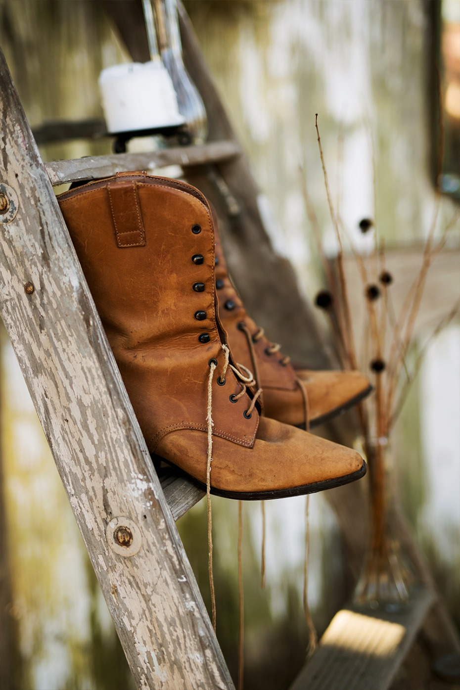 vintage boots for your wedding