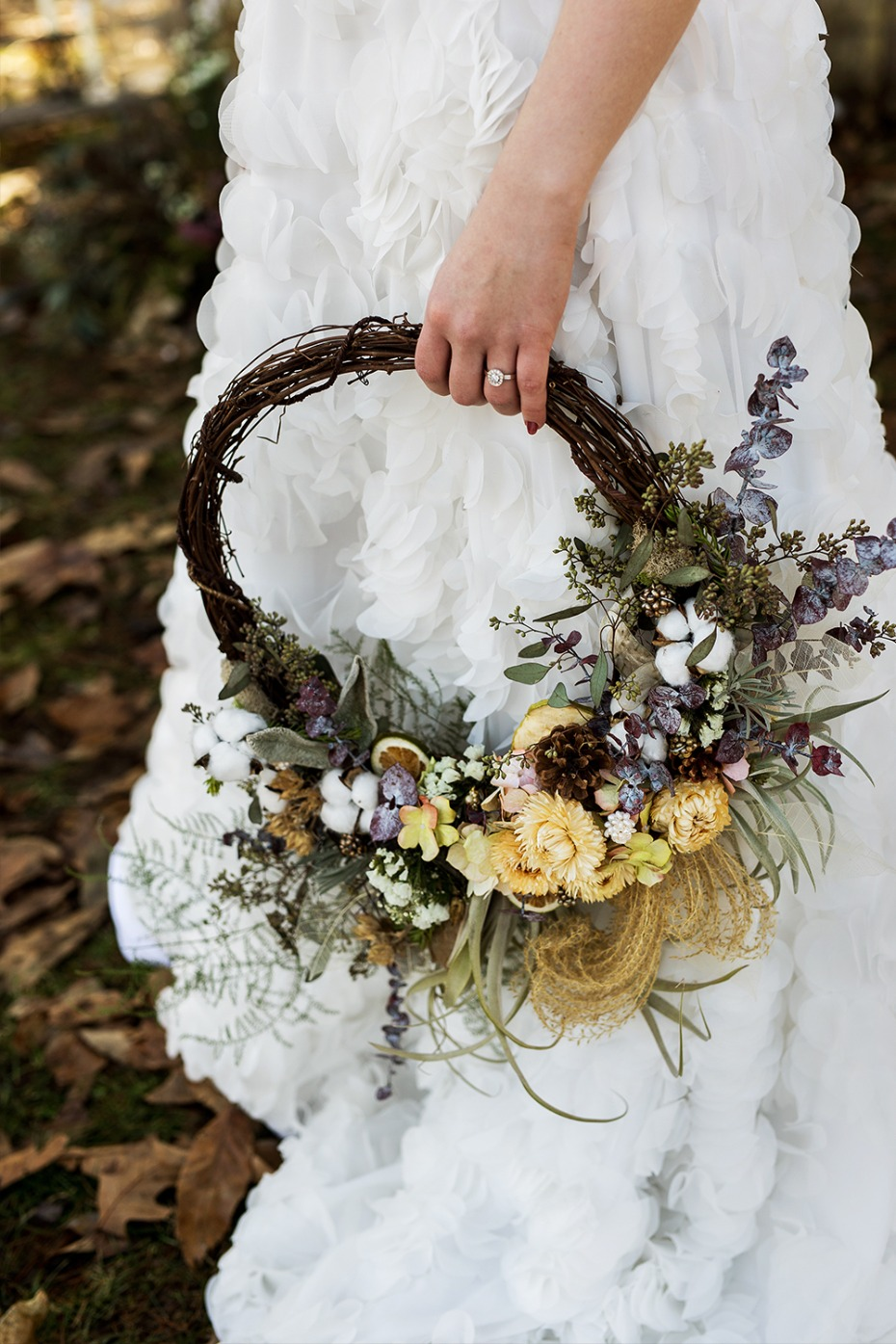 vintage wedding circle bouquet