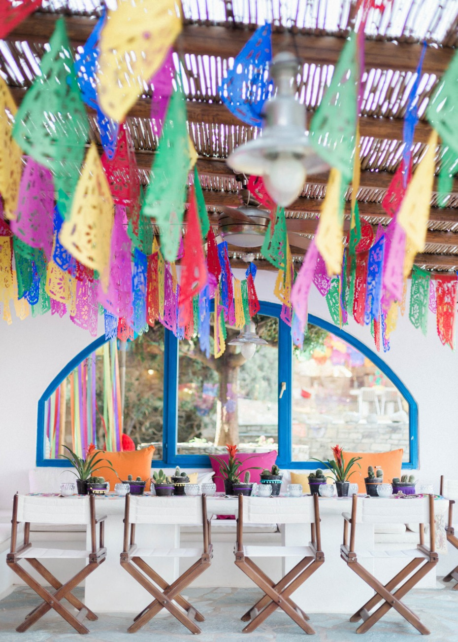 Pre-wedding Mexican fiesta table decor