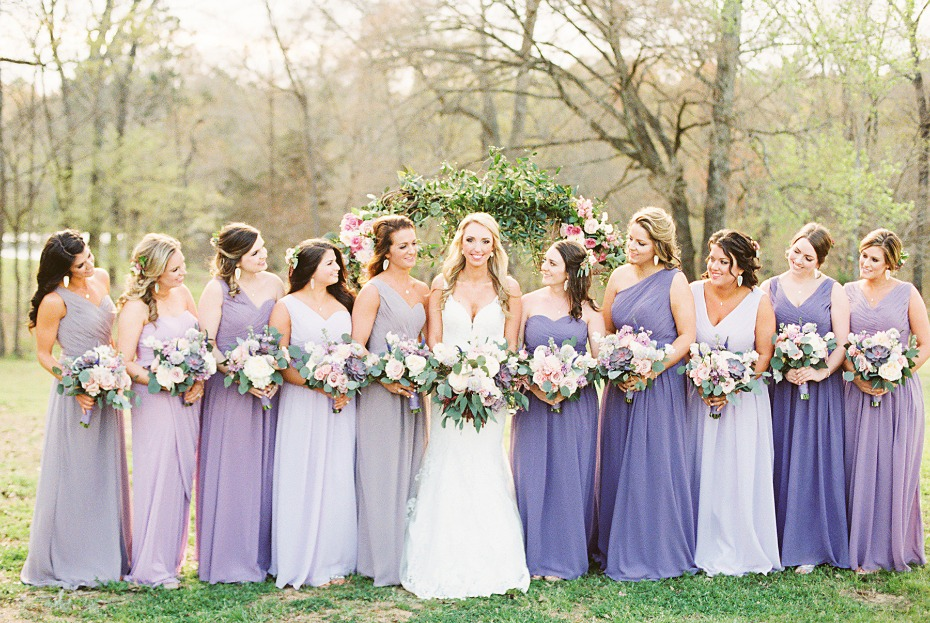 Bridesmaids in shades of lavender