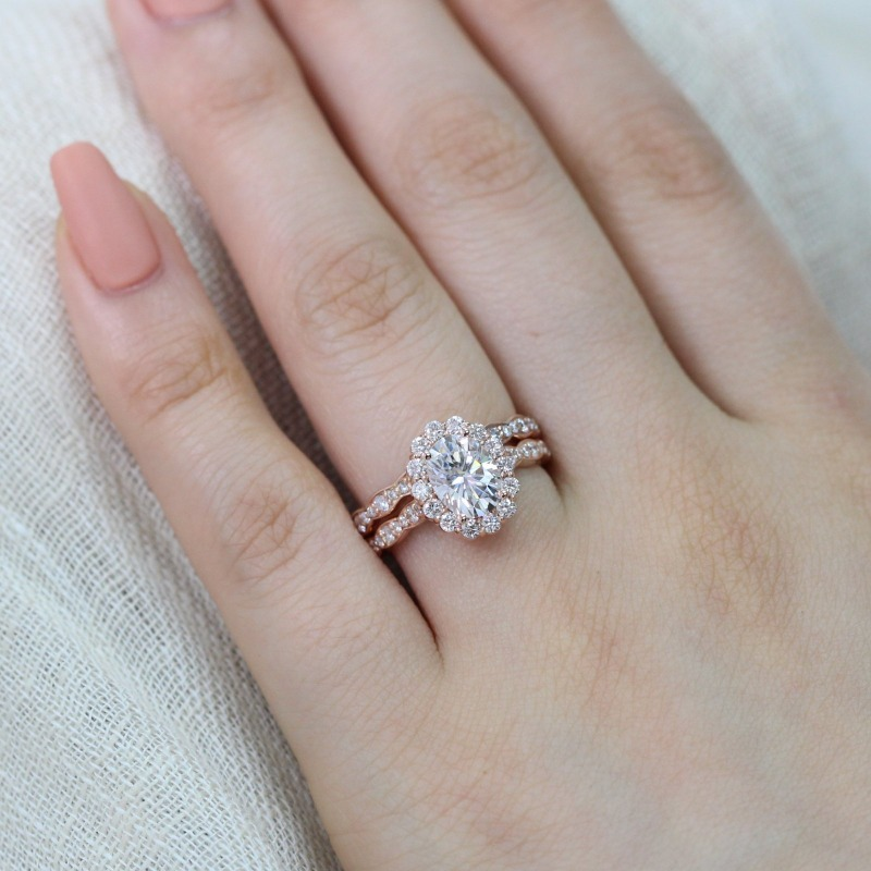 Halo Moissanite engagement ring with matching scalloped diamond wedding band from La More Design ~ Shop the collection!