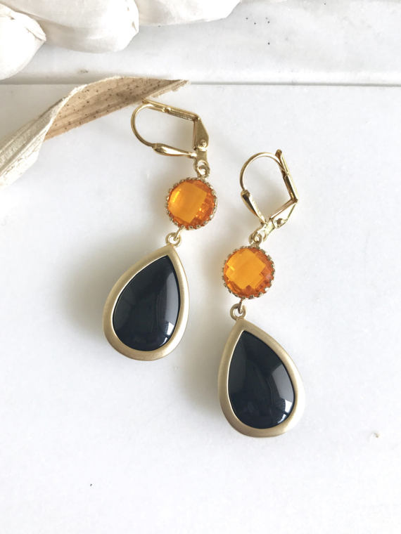 Black and orange! Whether you wear these for Halloween or you're a SF Giants fan, these earrings are fun!