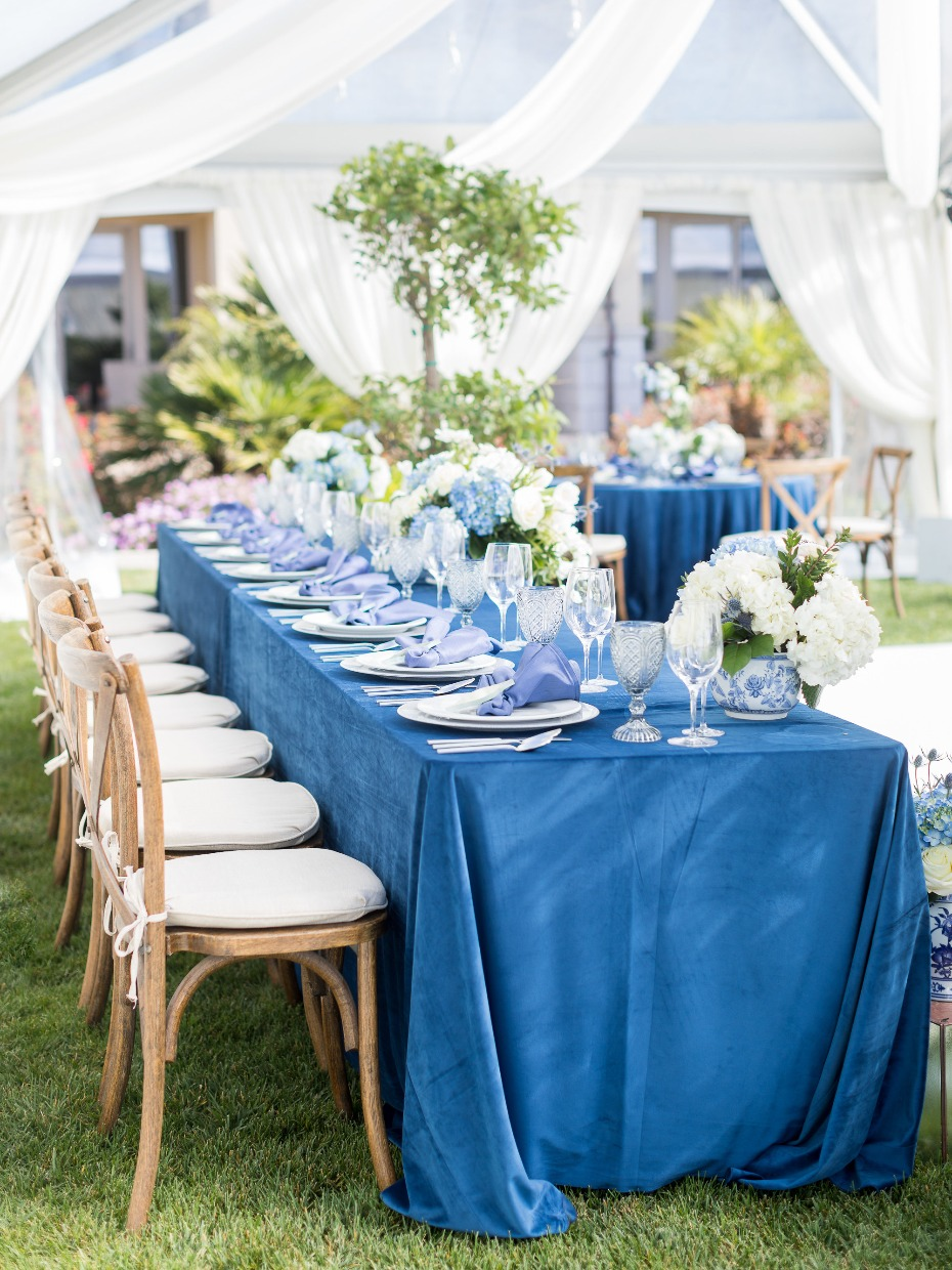 Regal shades of blue wedding ideas