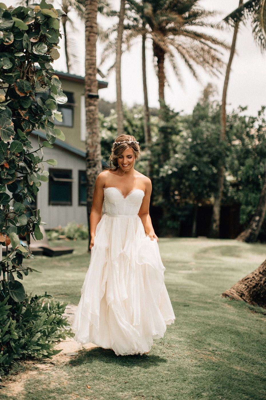 Bride in her sweetheart strapless wedding dress