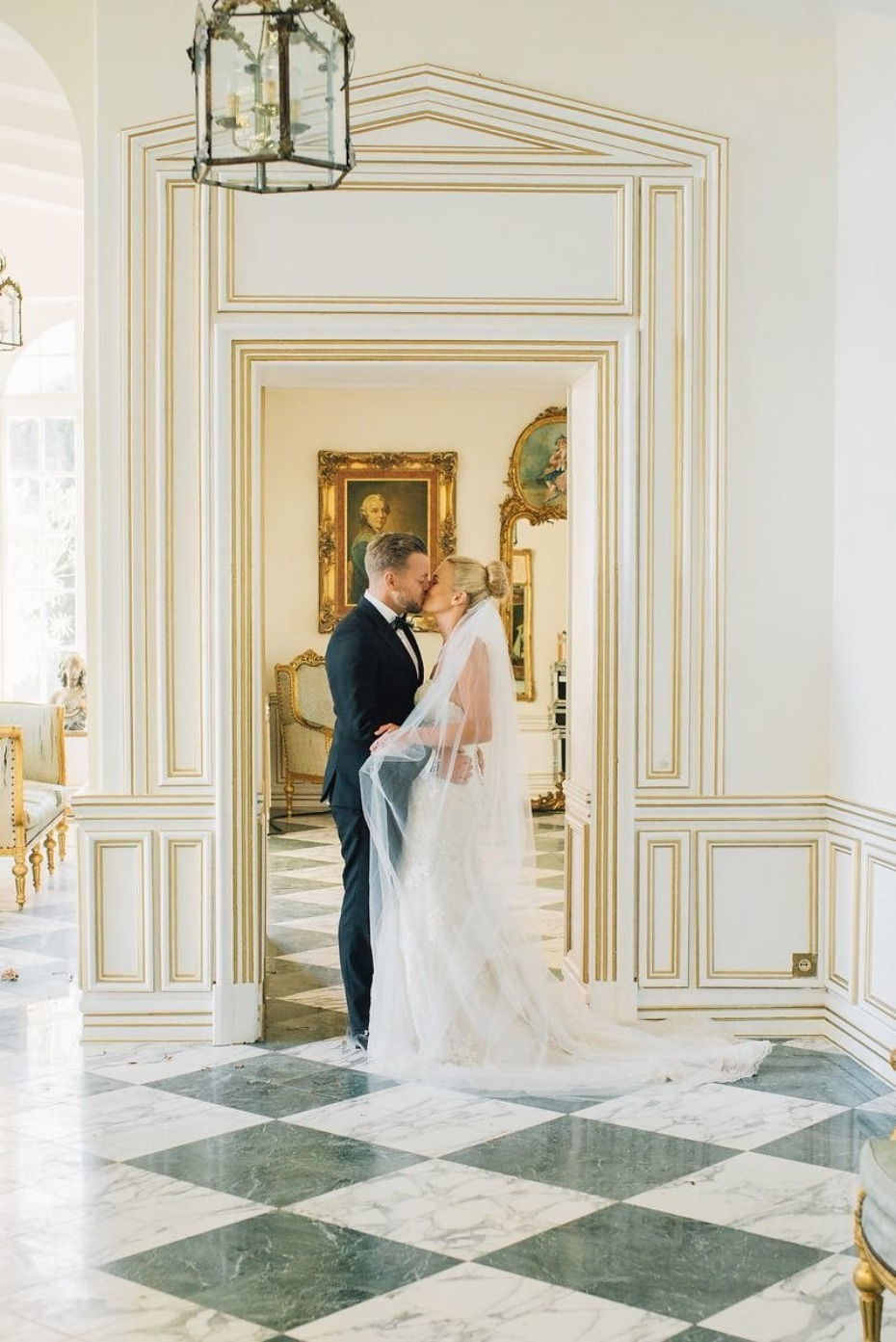 elegant summertime wedding at a french chateau