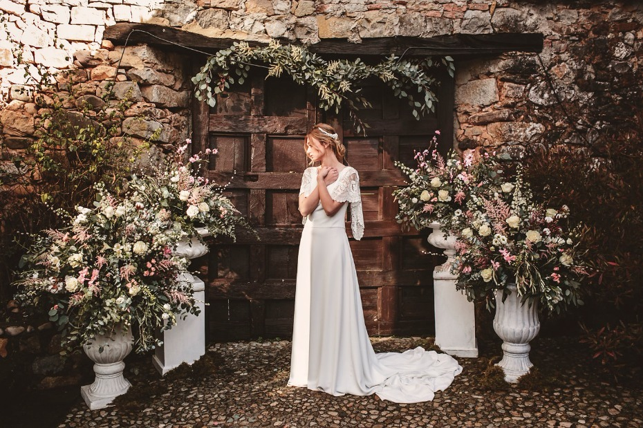Romantic garden wedding inspo