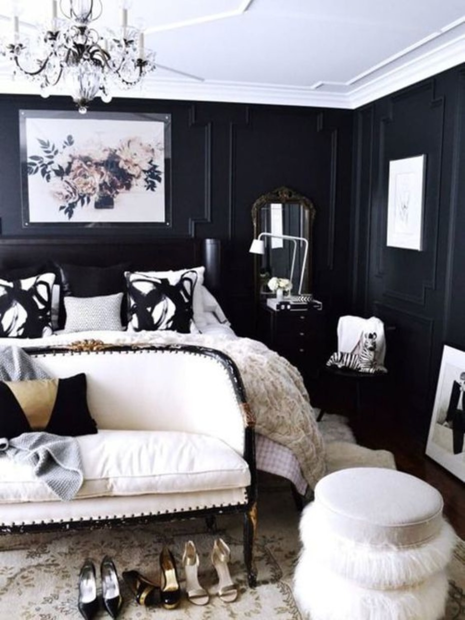 formal and traditional inspired bedroom idea