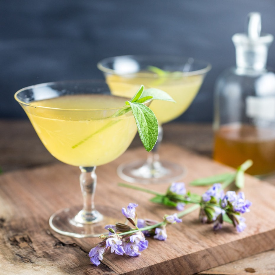 Sage bee's Knees cocktails