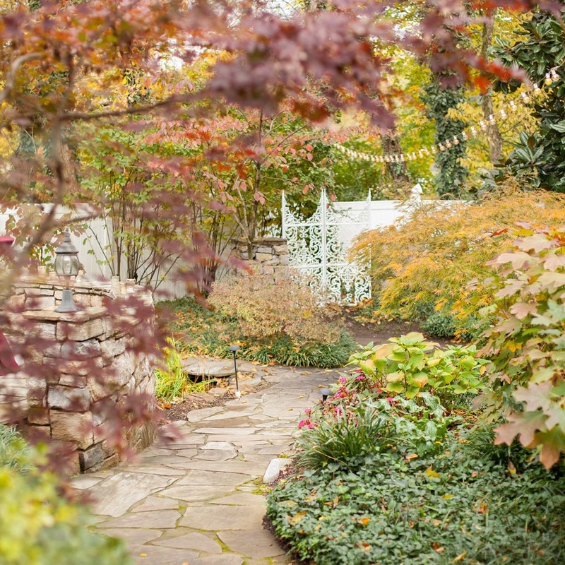 How beautiful is our #southerngarden in the fall