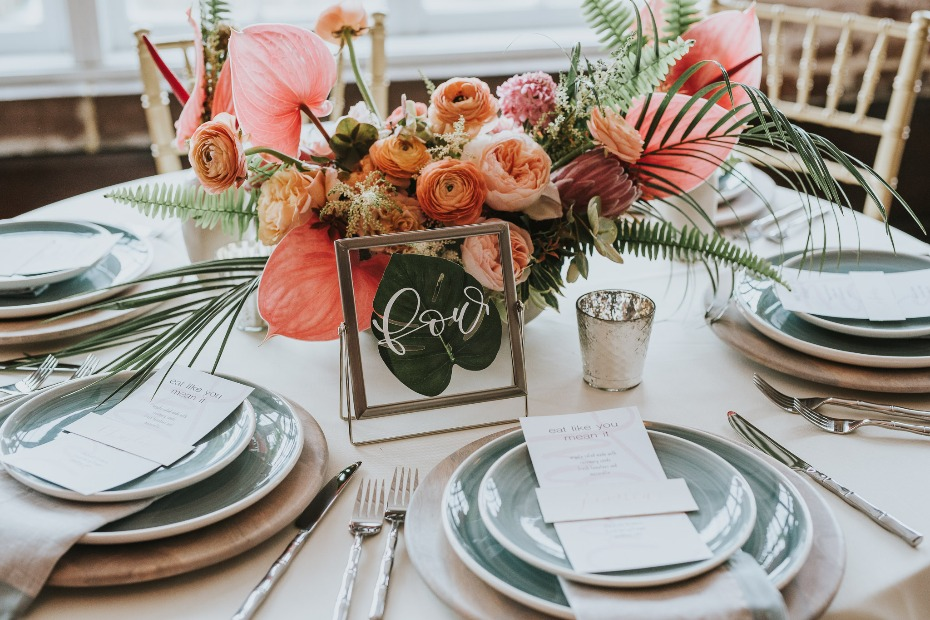 modern tropical table decor