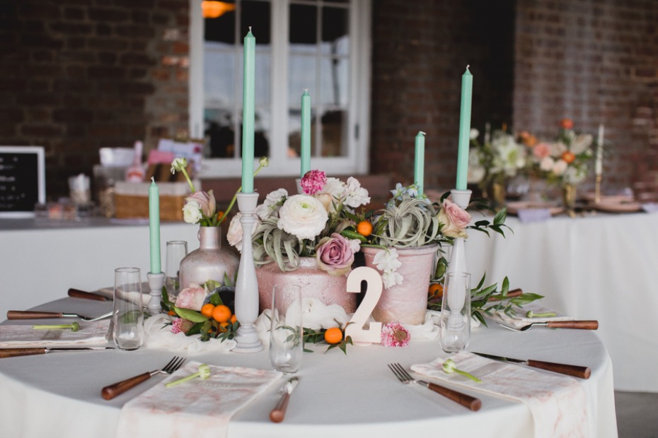 modern chic table decor