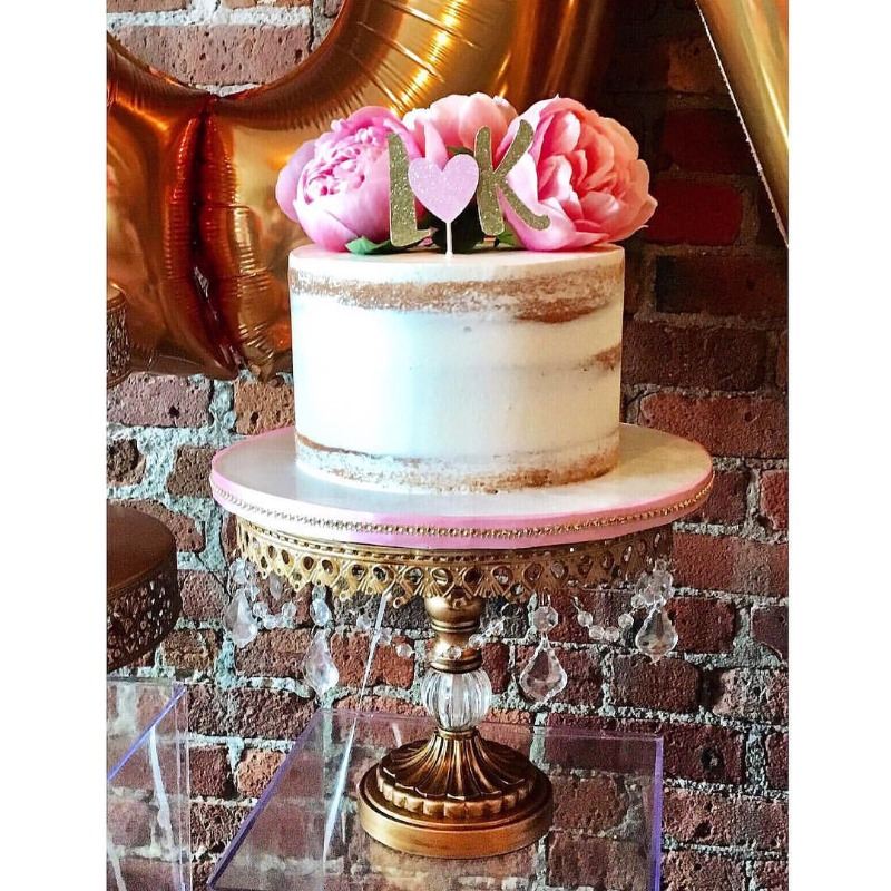 Wedding Cake Stands to LOVE!!