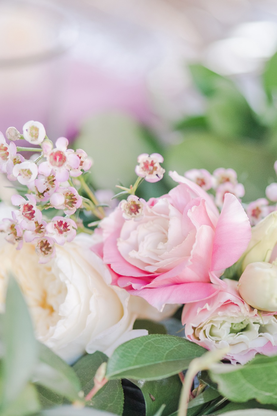 soft pink and ivory wedding flowers