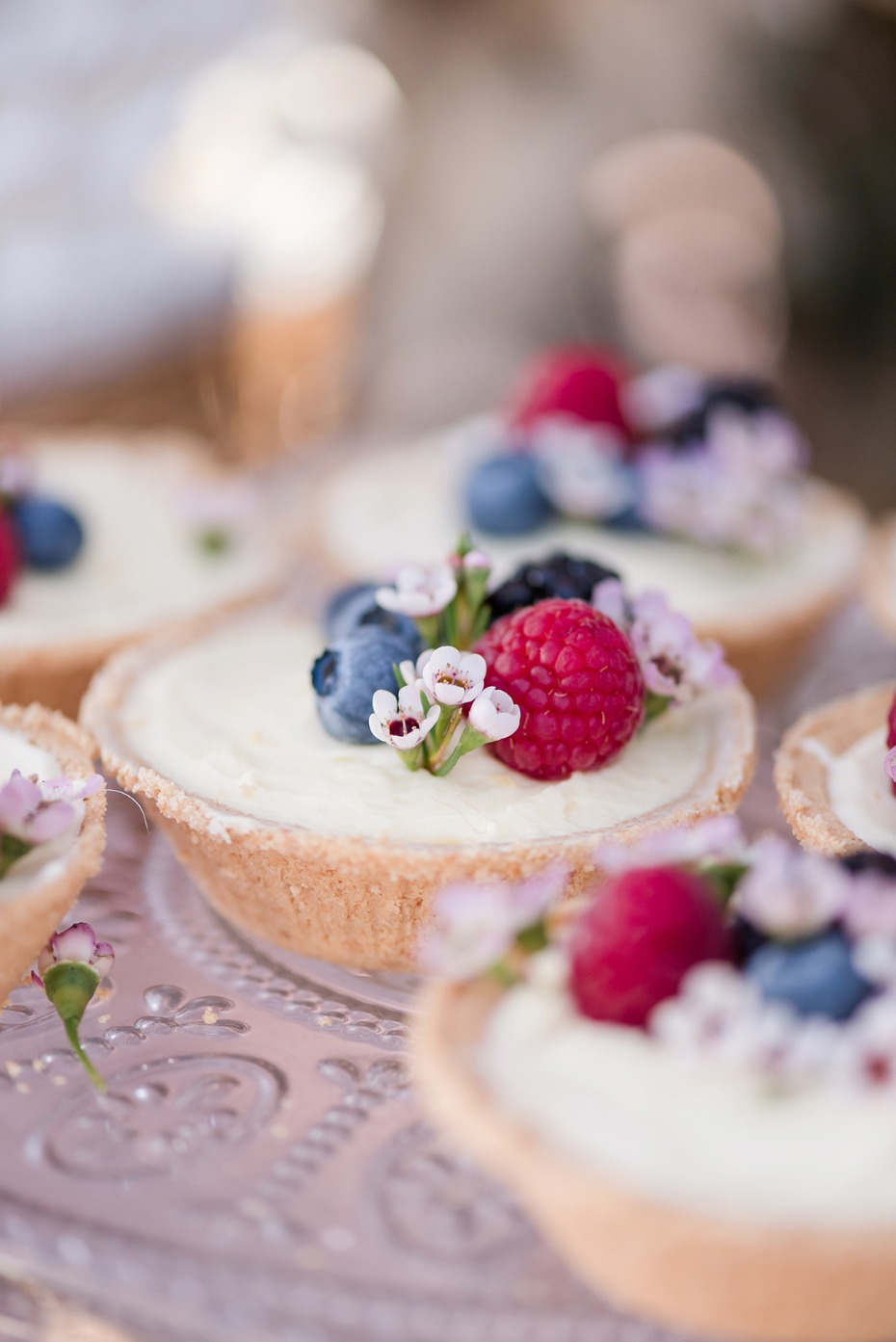 mini wedding tart