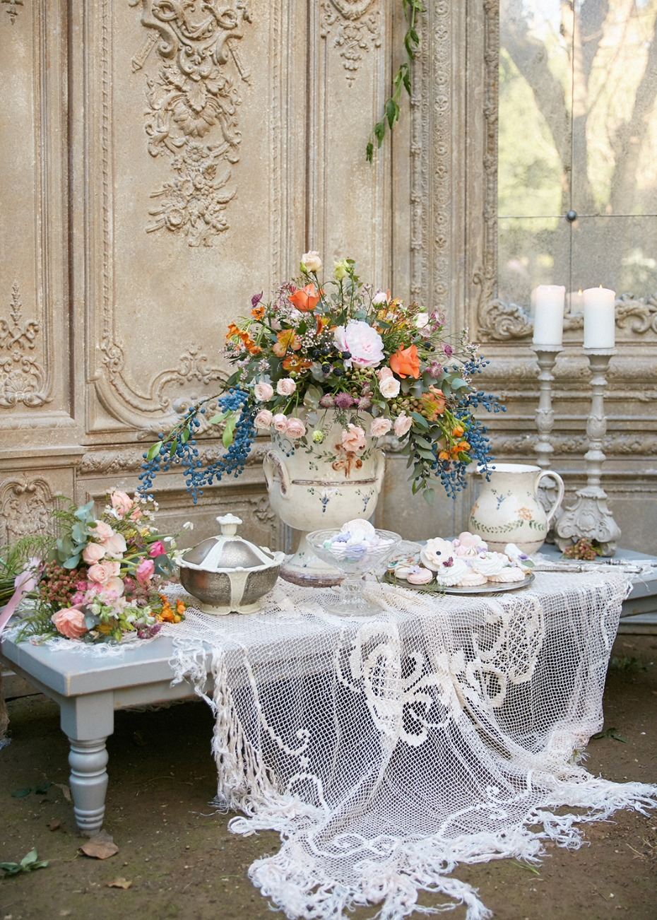 Garden cake table idea