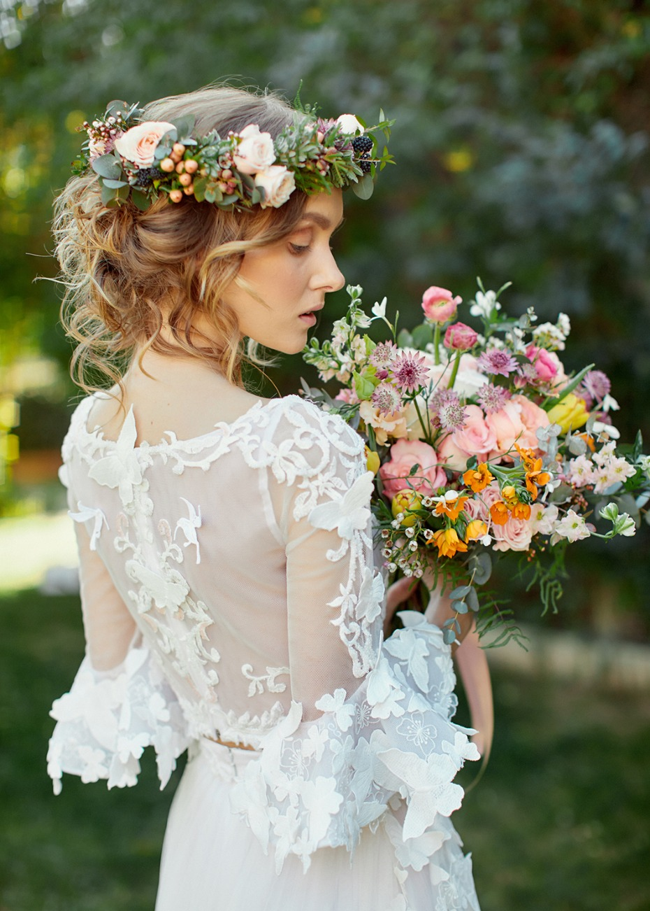 Secret garden bridal look
