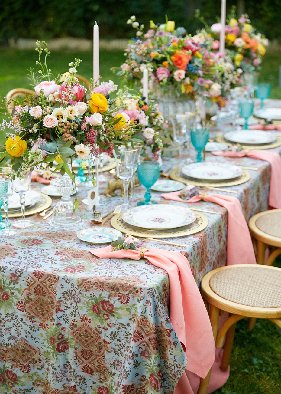 Colorful garden reception ideas