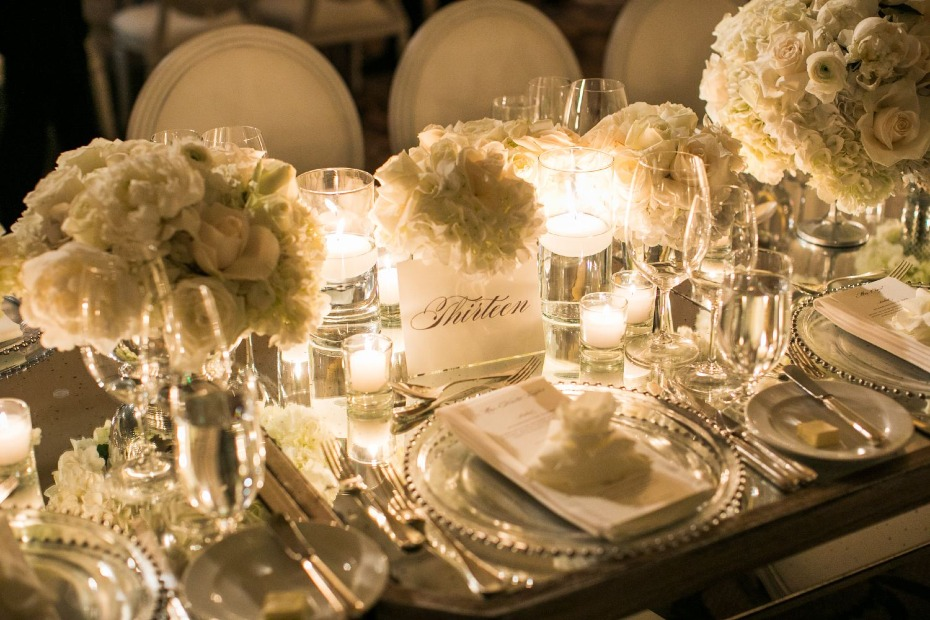 all white glamorous wedding table decor