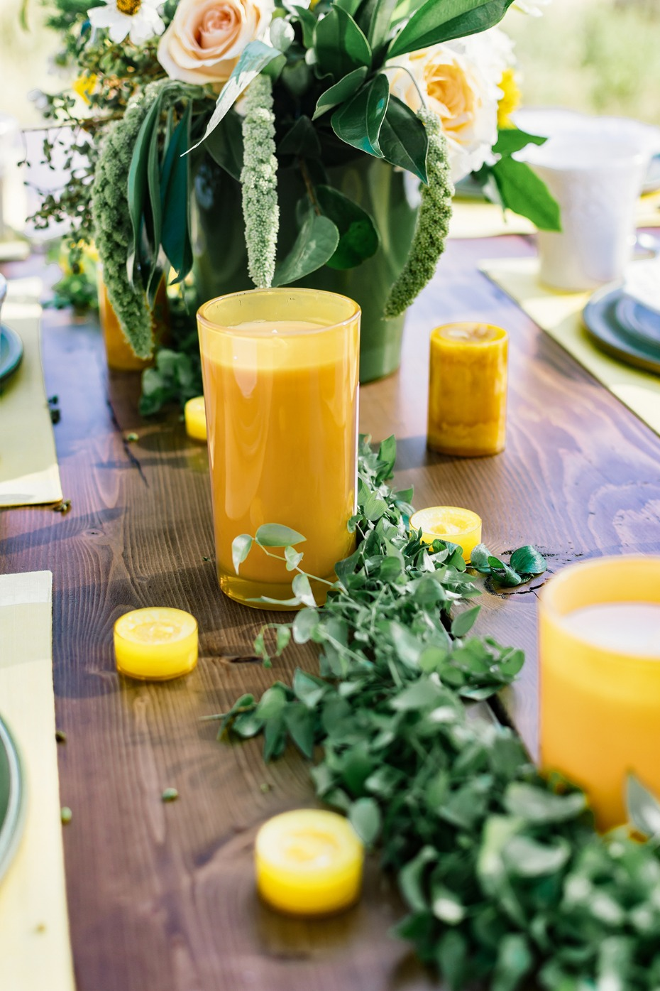 green and yellow table decor