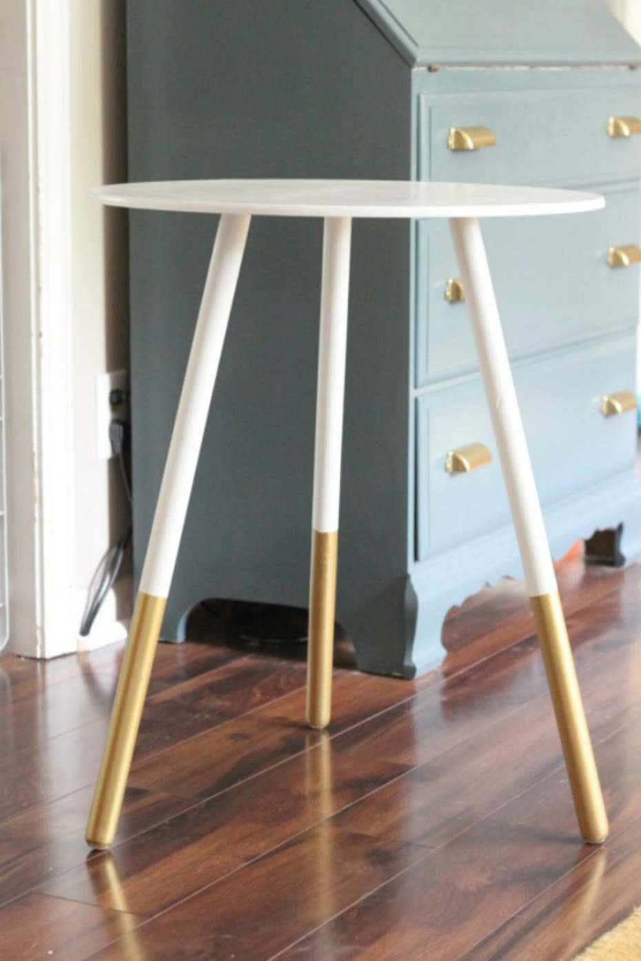 gold dipped table