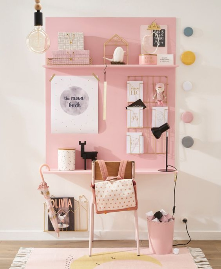 pink color blocked kids desk