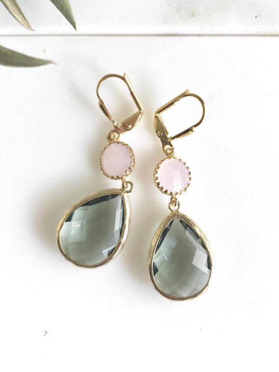 Awesome! Lovely! Elegant! Charcoal teardrops with the soft pink circle jewels in gold are just stunning and lovely!