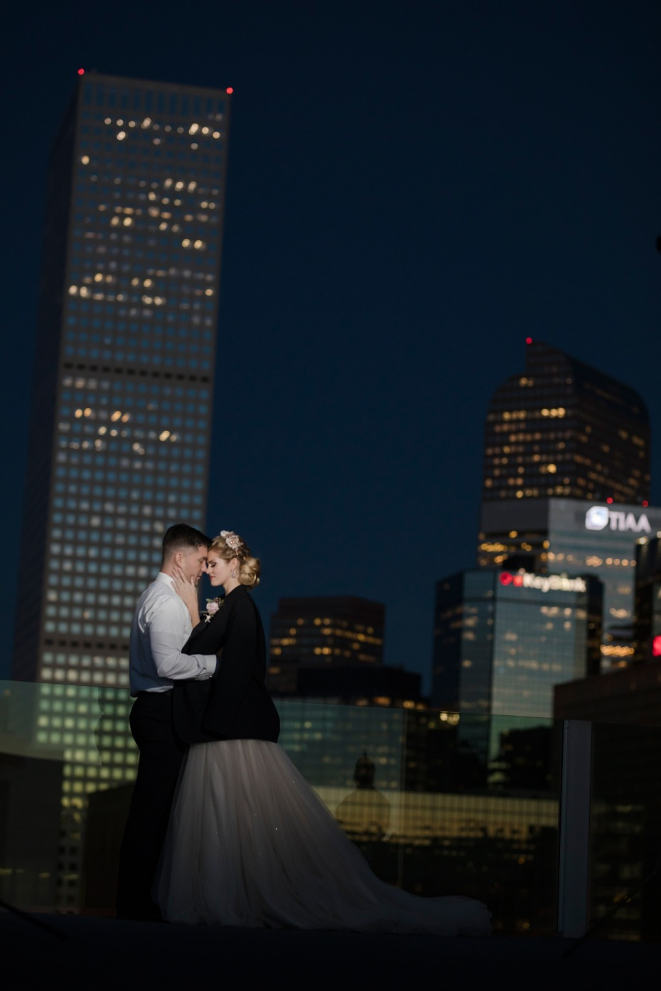 sweet bride and groom photos on the rooftop