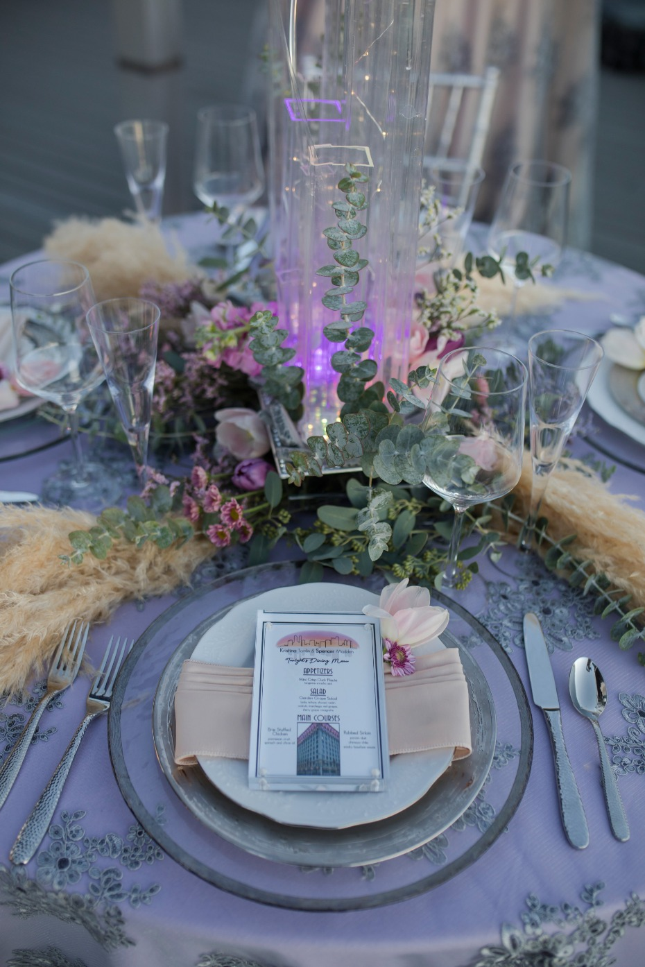pink and purple wedding table deocr