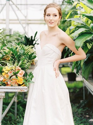 Going Green With This Greenhouse Wedding