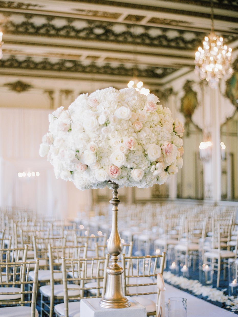 white and blush floral arrangement