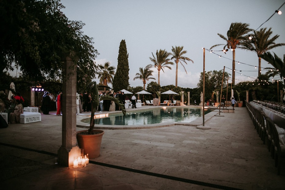 pool side wedding reception