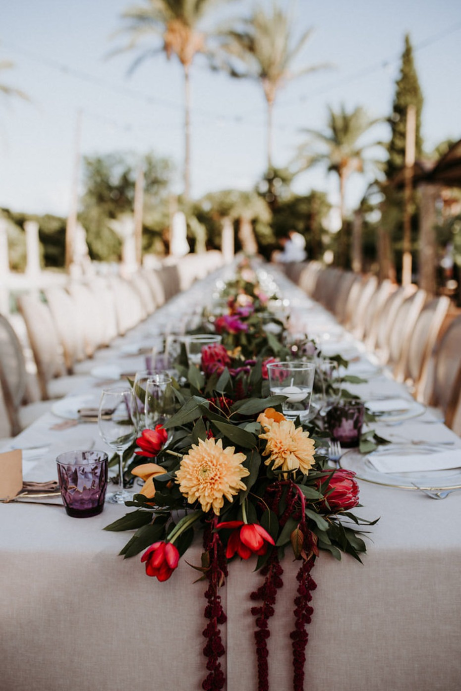 floral garland wedding table decor