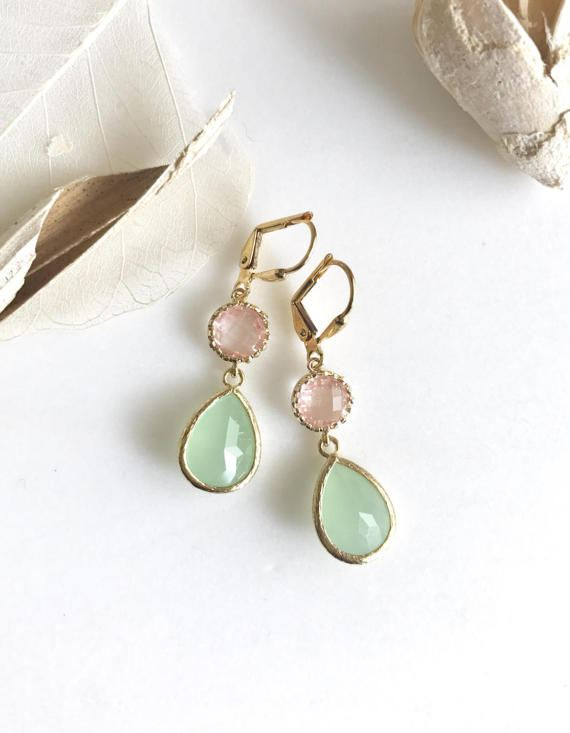 Mint Teardrop and Grapefruit Pink Jewel Drop Earrings in Gold. Mint and Coral Bridesmaid Dangle Earrings. Jewelry Gift. Wedding. Bridal