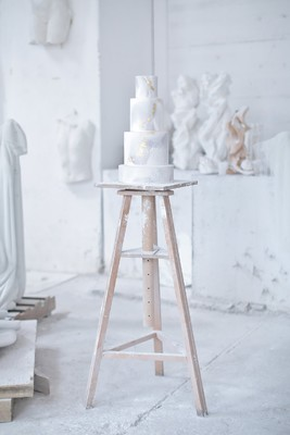 How To Marble Your Wedding Day