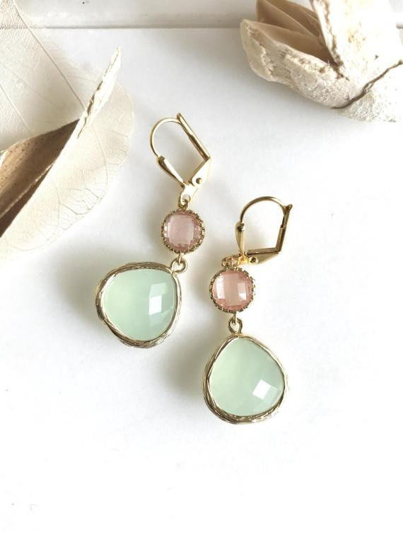 Mint and grapefruit are paired beautifully in these elegant earrings. Alive and gorgeous, these earrings will add a beautiful element