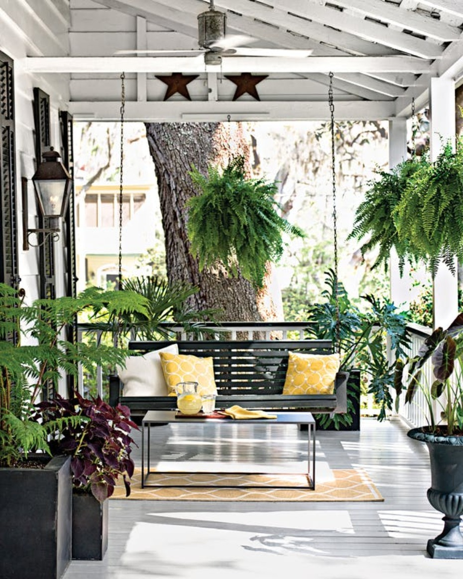 Dream southern style porch swing