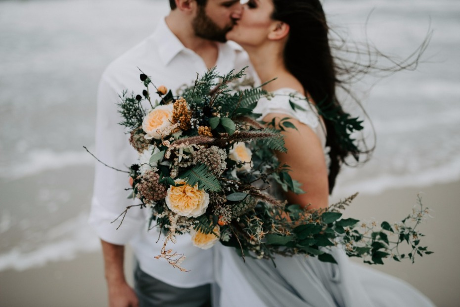 MLE Pictures Couple Kissing on Beach Big Florals