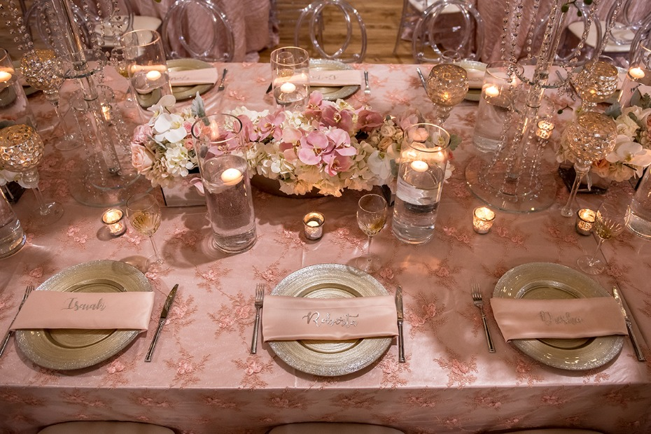 glam pink and gold wedding table decor