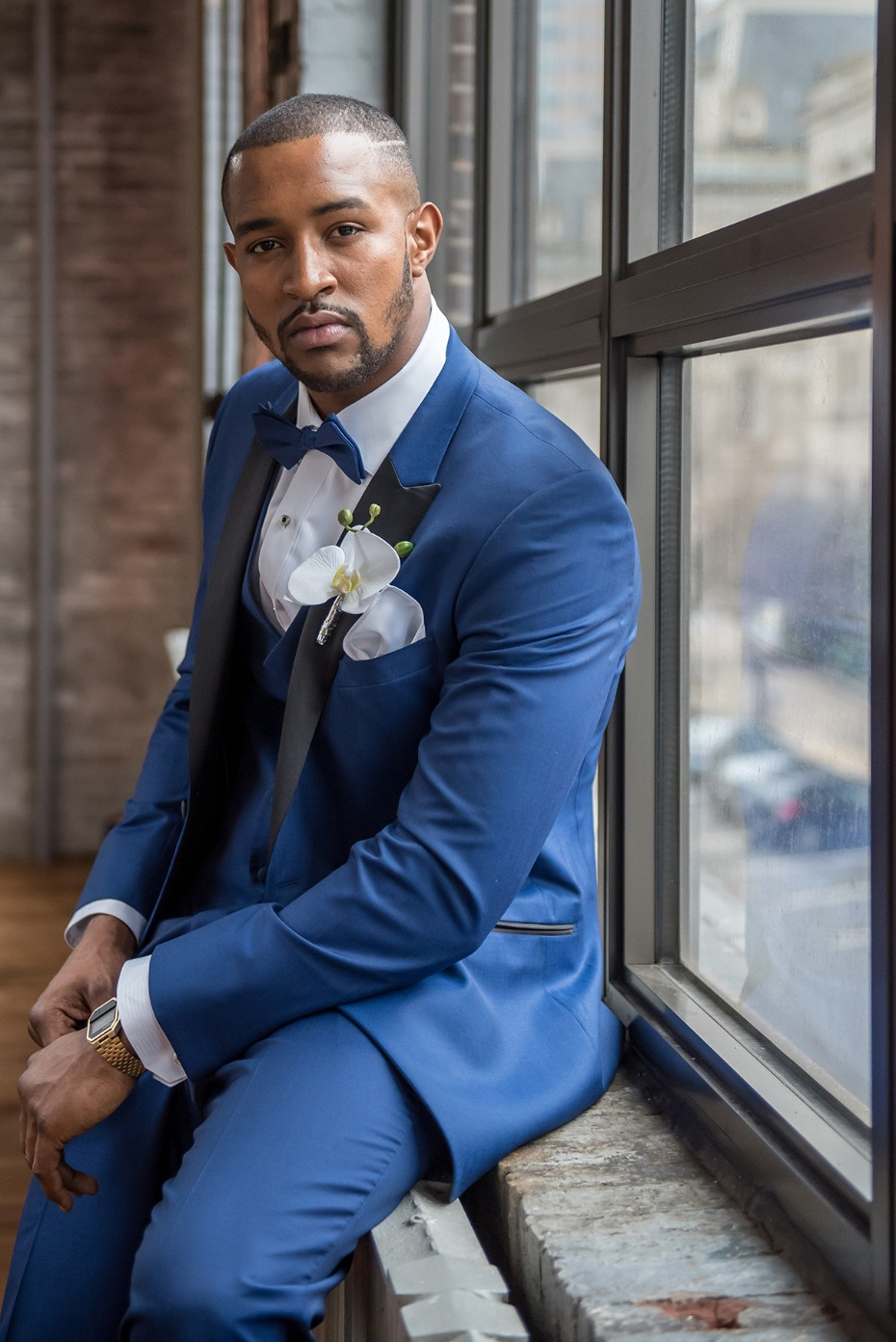 royal blue groom suit